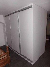 skříně do paneláku-6