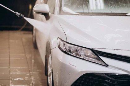 Bezkontaktní mytí aut-3